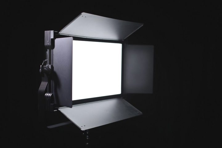 Victor 2×1 LED Soft light / Light well and light FAST on a budget